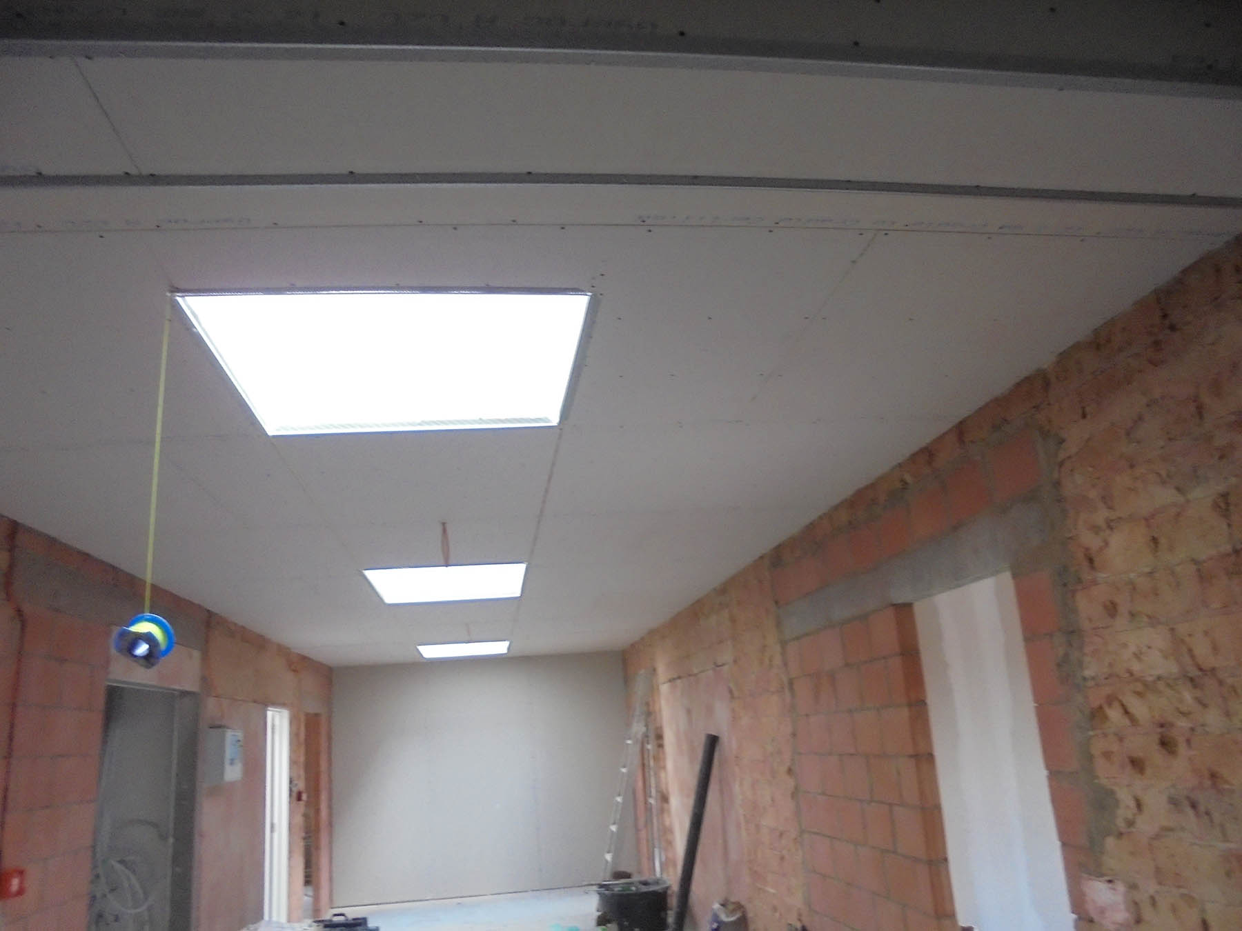Chantier linthout tabart for Realisation faux plafond